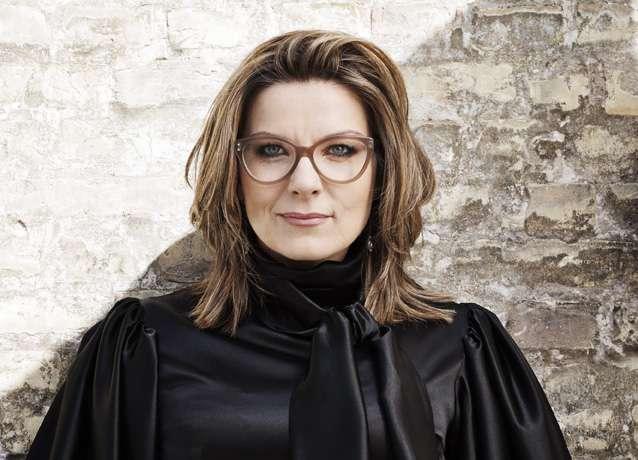 dansk krimiforfatter kvinde