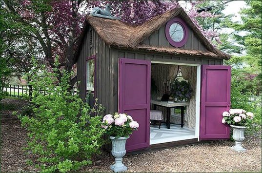 She-Shed-Wooden-House-537x355